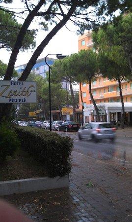Hotel Meuble Zenith: После дождя