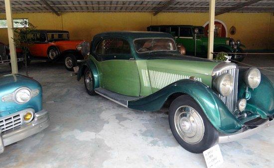 Auto World Vintage Car Museum: Cars - X