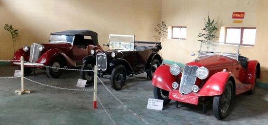Auto World Vintage Car Museum: Cars - VI