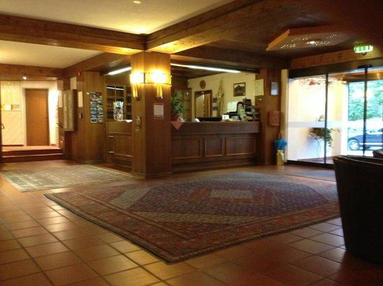 Parkhotel Sonnenhof: Lobby
