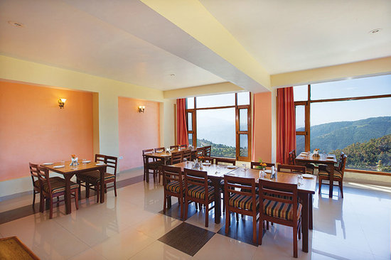 United 21 Resort Chail: Restaurant