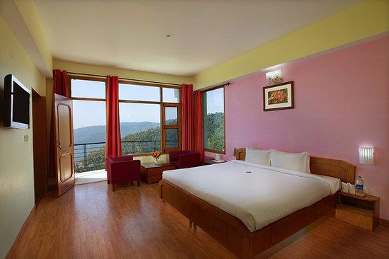 United 21 Resort Chail: Room