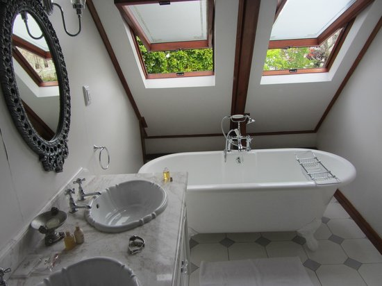 Roosenwijn Guest House: Bathroom