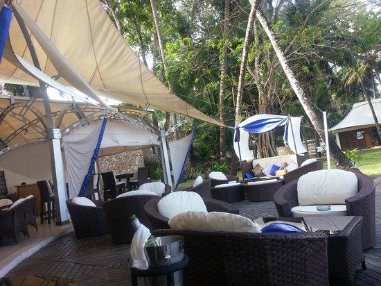 Sails Beach Bar & Restaurant: Part of the Restaurant