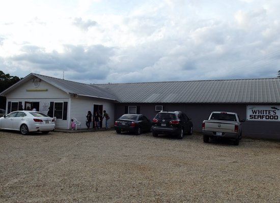 Whites Steak & Fish House: Building