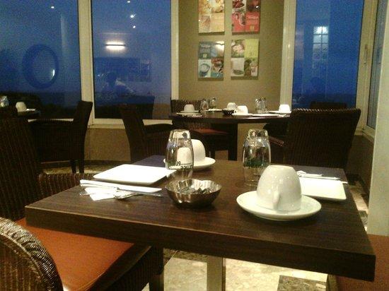 Les Mouettes: Salle petit déjeuner