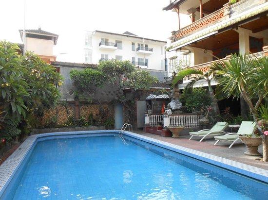 Hotel Lima Satu, 51 Cottages: pool