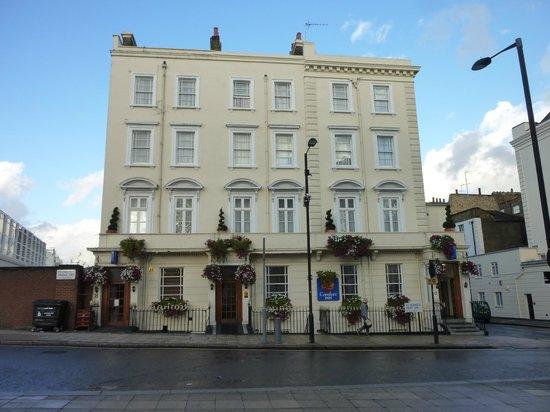 Comfort Inn Buckingham Palace Road: Hotel 2