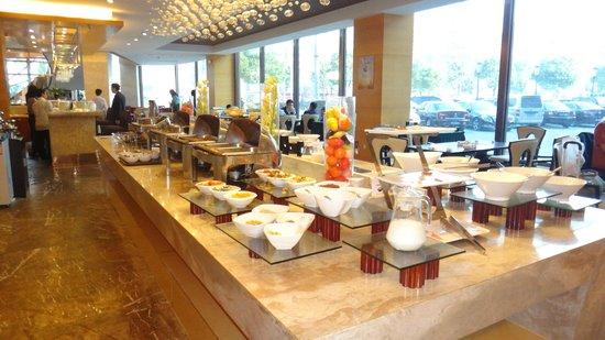 Joy Holiday Hotel Suzhou Yuanqu: Breakfast
