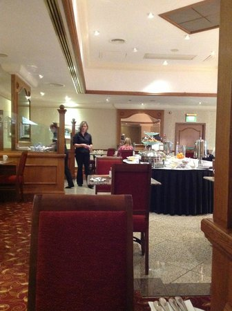 The Aberdeen Altens Hotel: The breakfast room