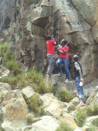 Khweza Bed & Breakfast: hiking inside lake naivasha game park