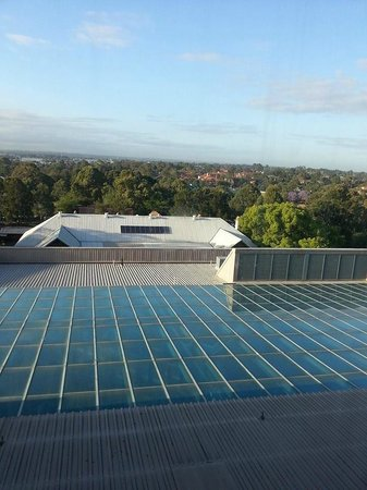 Travelodge Hotel Bankstown Sydney: View from room