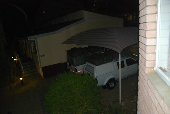 Hotel Pension Uhland : parking