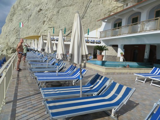 Hotel Vittorio: piscina