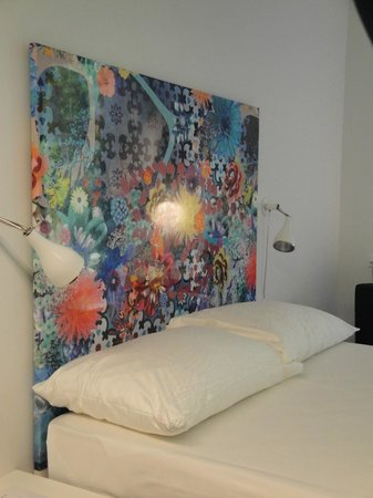 City Garden Hotel: Bed