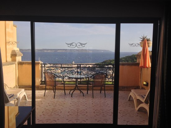 Grand Hotel Gozo : Well sized terrace with some views