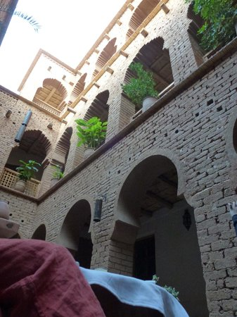 Dar Jnan Tiouira: Dining in the court yard