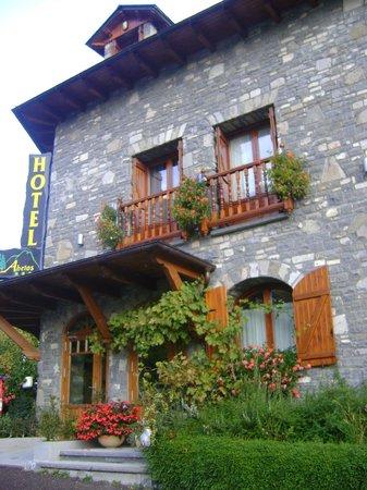 Hotel Abetos: ENTRADA AL HOTEL