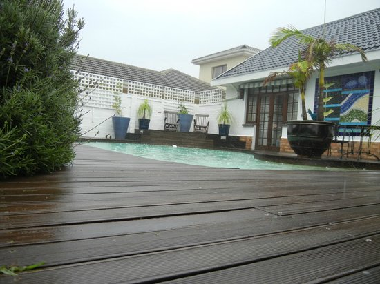 Admiralty Beach House: Pool