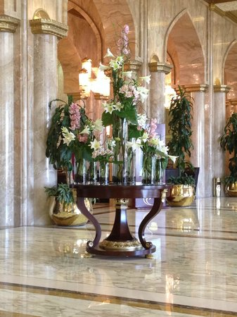 Sheraton Kuwait: Hotel Lobby