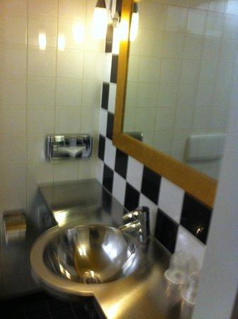 WestCord Art Hotel Amsterdam : il bagno