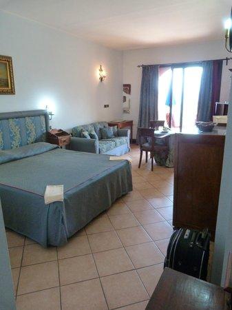 Hotel Villa Sonia : Grande chambre