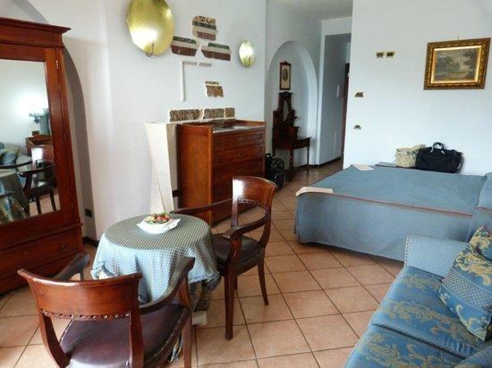 Hotel Villa Sonia : chambre avec tout confort