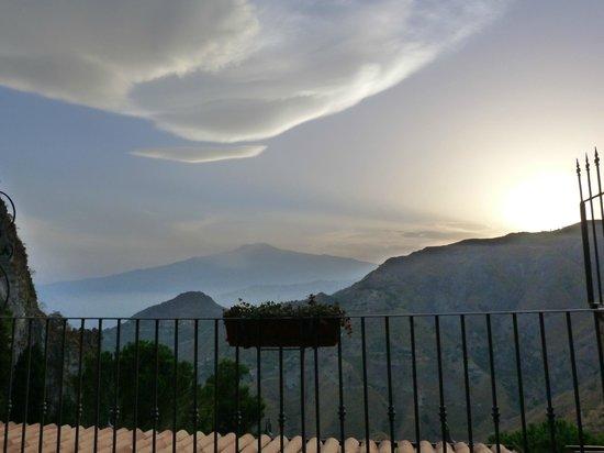 Hotel Villa Sonia : vue imprenable sur l'Etna