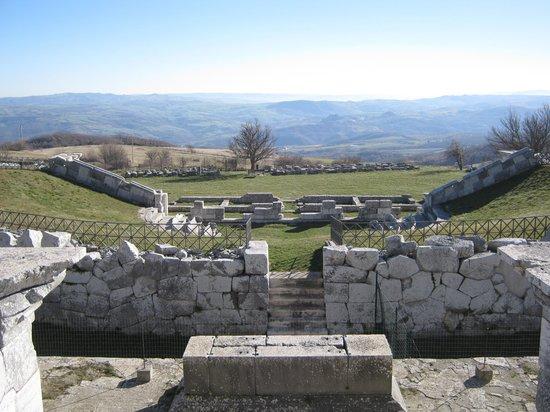 Pietrabbondante - Il Santuario