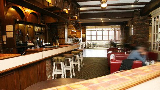 Dragonfly Hotel King's Lynn: Hotel Bar