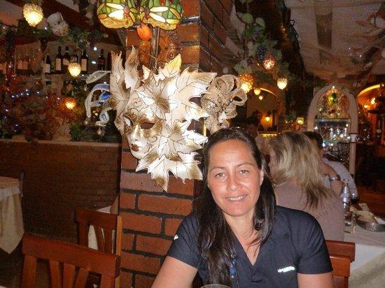 Agli Artisti da Piero: In the restaurant