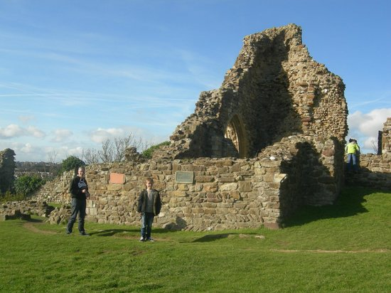 Hastings Castle: The remains of the castle