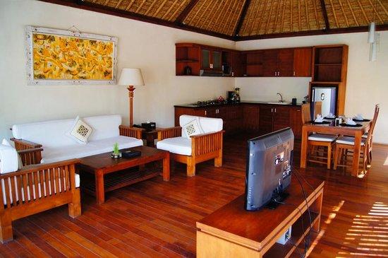 Balibaliku Beach Front Luxury Private Pool Villa: Кухня