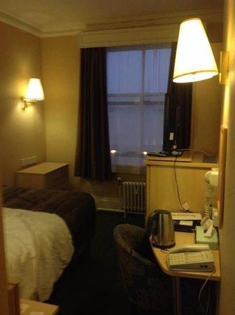 Royal Station Hotel: my tiny room