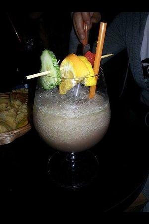 Bohe'me Caffe' Letterario: Cocktail analcolico con frutta