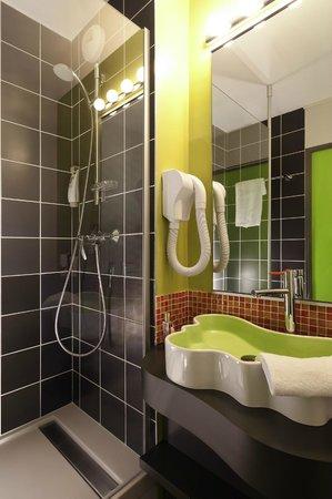 Ibis Styles: Salle de bains