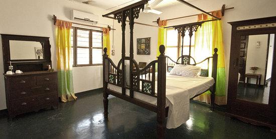 Savanna and Ocean: Rooms
