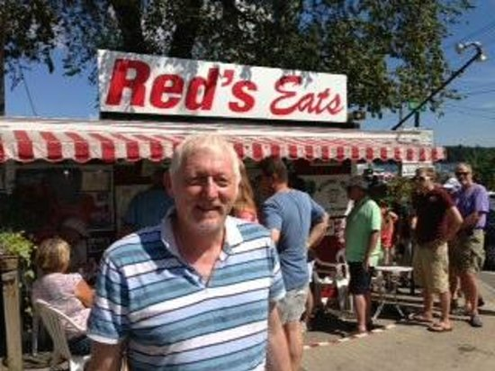 Red's Eats : Satisfied after a great lobster lunch