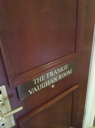 De Vere Selsdon Estate : nice touch to make rooms individual!