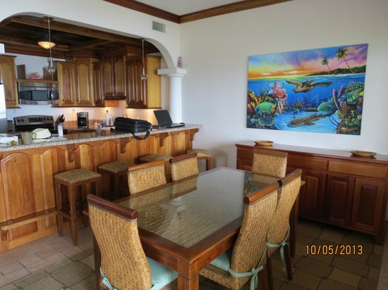 Coco Beach Resort: Dining Area