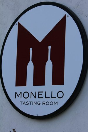 Monello Winery: Menello Winery