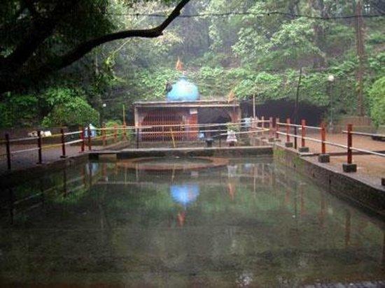 Ambavli, Indien: Hiranyakeshi Temple