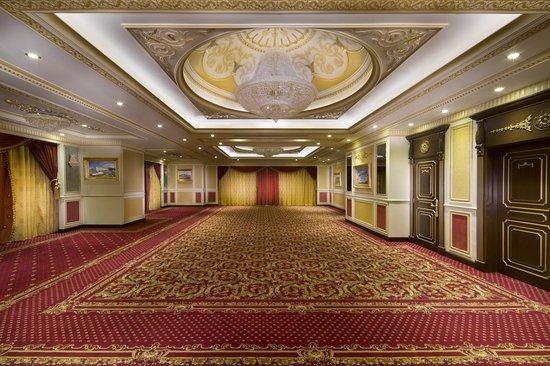 Royal Rose Hotel Ballroom