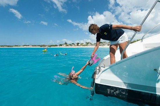 Private Yacht Charter SXM: Nirvana - snorkeling