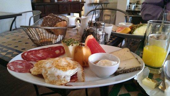 Villa Provence : Lækker morgenmad