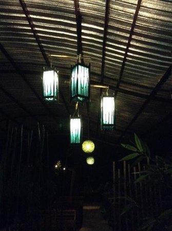 أمانترا ريزورت آند سبا: dining area decor