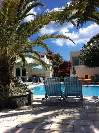 Villas Joanna: Rent og pent område.