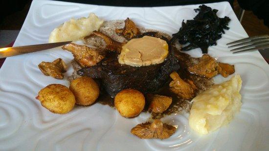 La Breche Restaurant : Pavé de lievre au foi gras