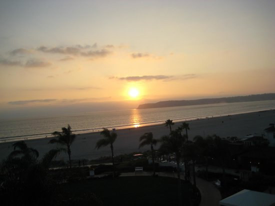 Hotel del Coronado: Sunset from our balcony