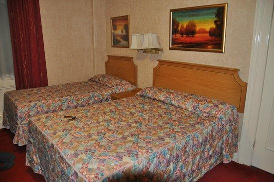 Montana Hotel: La chambre